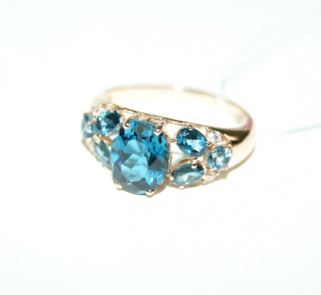 золотое кольцо с топазом лондон фото